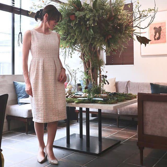 タンクドレスはふんわりしたスカートでおしゃれに下半身カバー