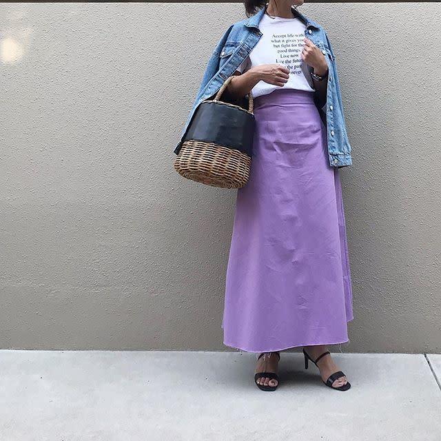 「女子会」は、羽織り&モードなバッグでアップデート