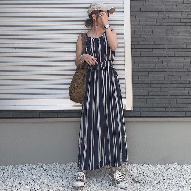 【編み込まれたバッグ】夏らしさをキープしつつワンピースに負けない存在感