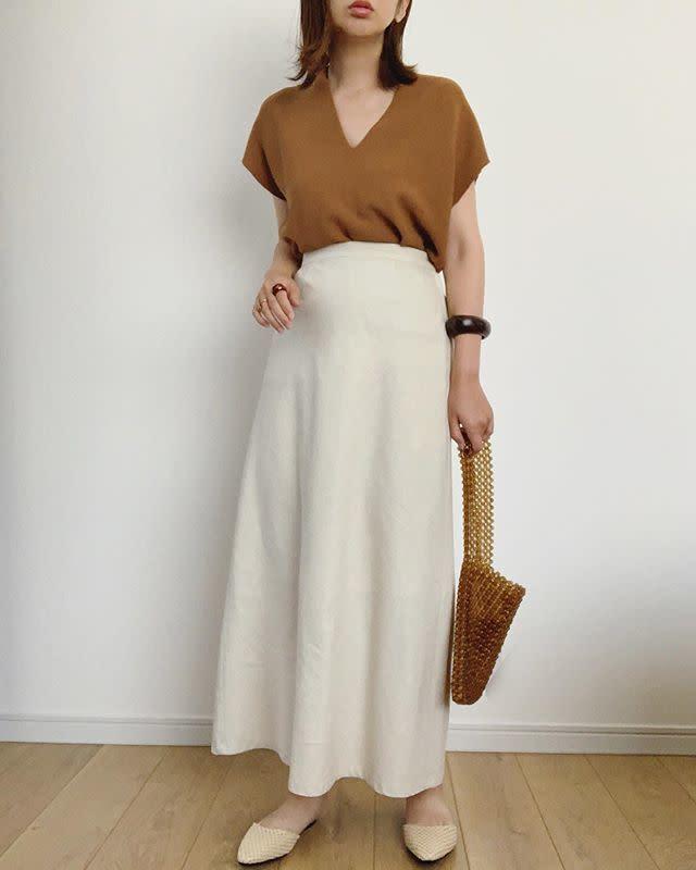 程よいフレアが大人っぽいAラインスカート