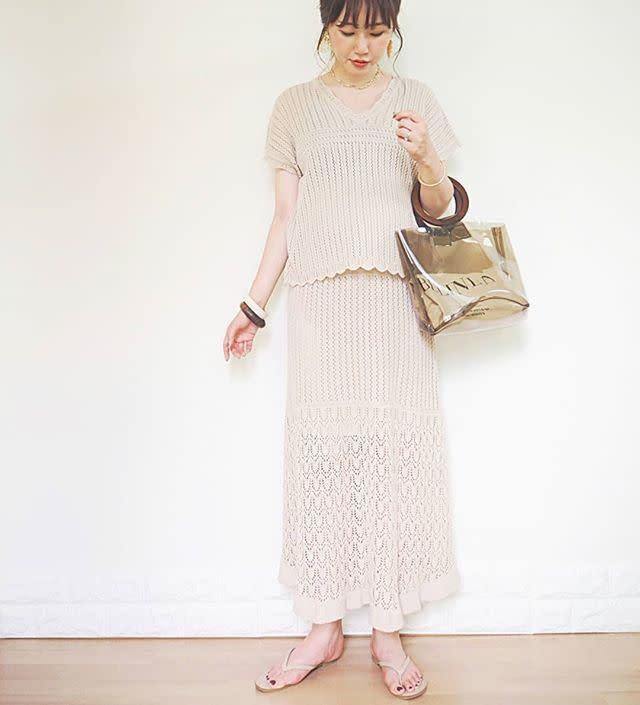 完売続出! SNSで話題のGU(ジーユー)「透かし編みニットスカート」