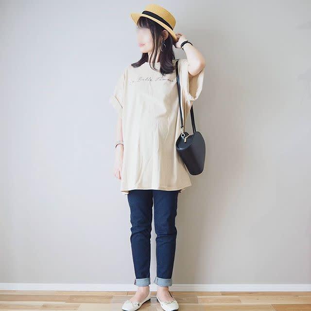 ロング丈&オーバーサイズなTシャツでプレママコーデ
