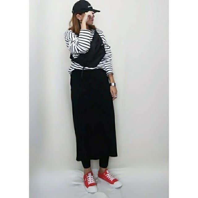 ロング丈のスカート×レギンスで今っぽく