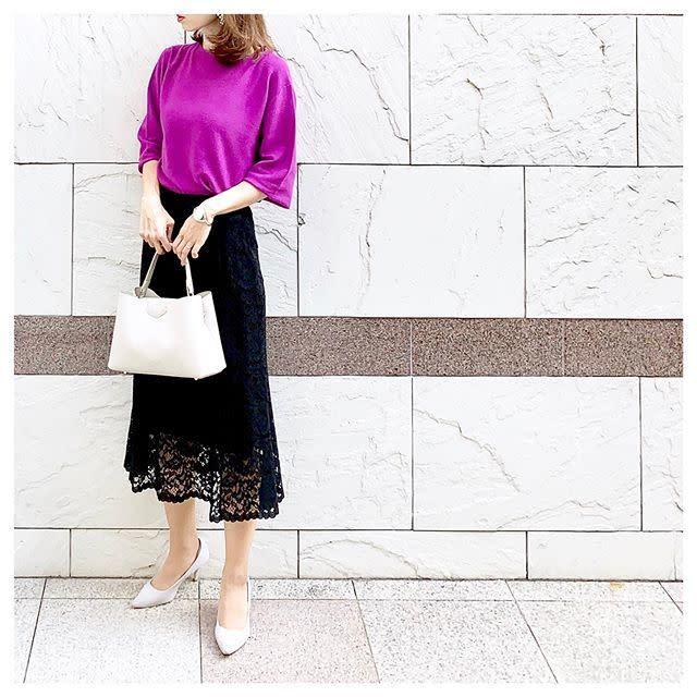 デザイン性の高いスカートで着映えを狙う