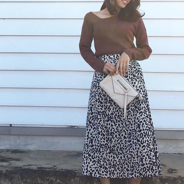 大人っぽいスカートですっきりきれいめに