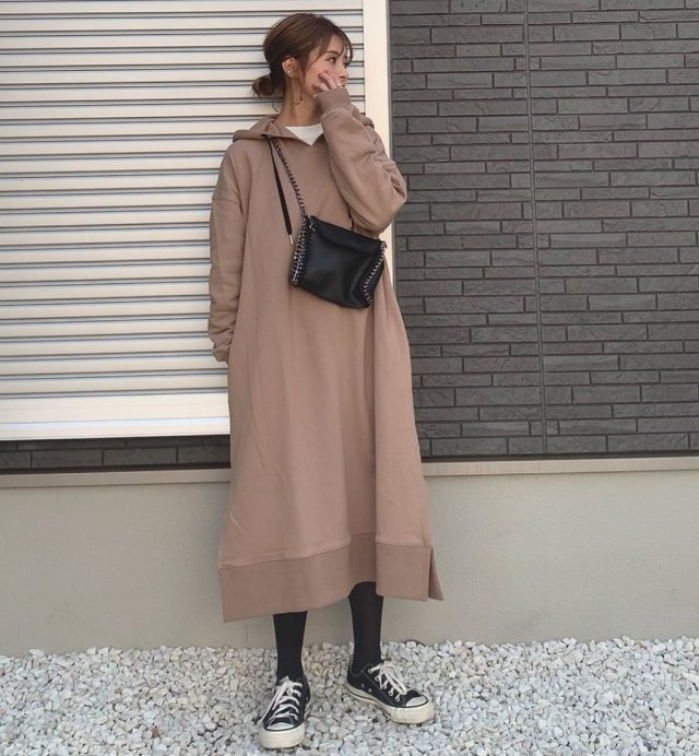 【パーカーワンピース】1枚着るだけで女性らしい楽ちんコーデに♪