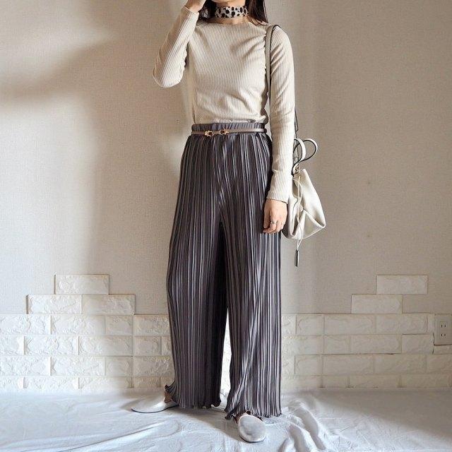 2020年3月のレディースファッショントレンド/03【プリーツ】