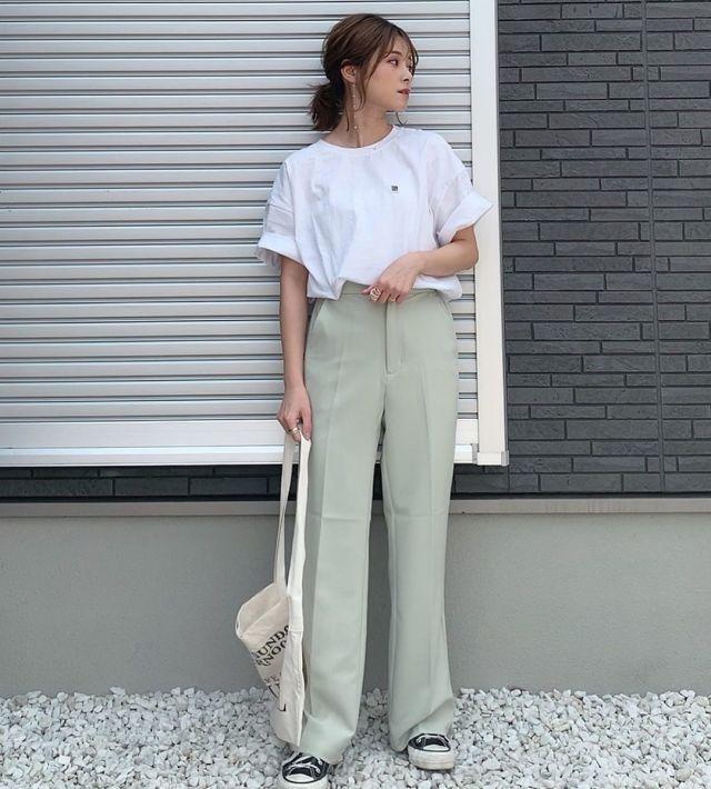 いつだって頼れる味方♥ ベーシックなホワイトTシャツ