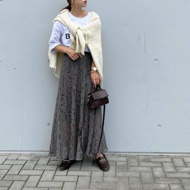 【4】フェミニンなロングスカートを微糖へシフト