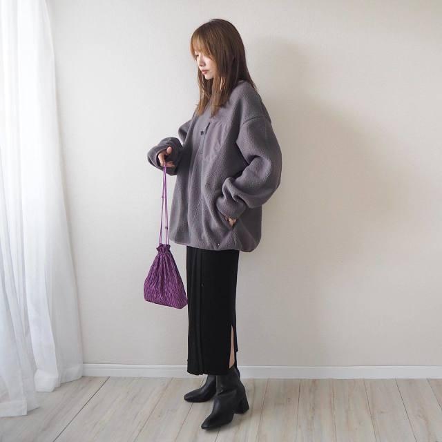 GU(ジーユー)のメンズトップス×スカートの組み合わせもアリ!