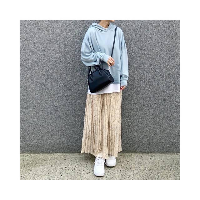 2021年2月のレディースファッショントレンド/01【ミニボストン】