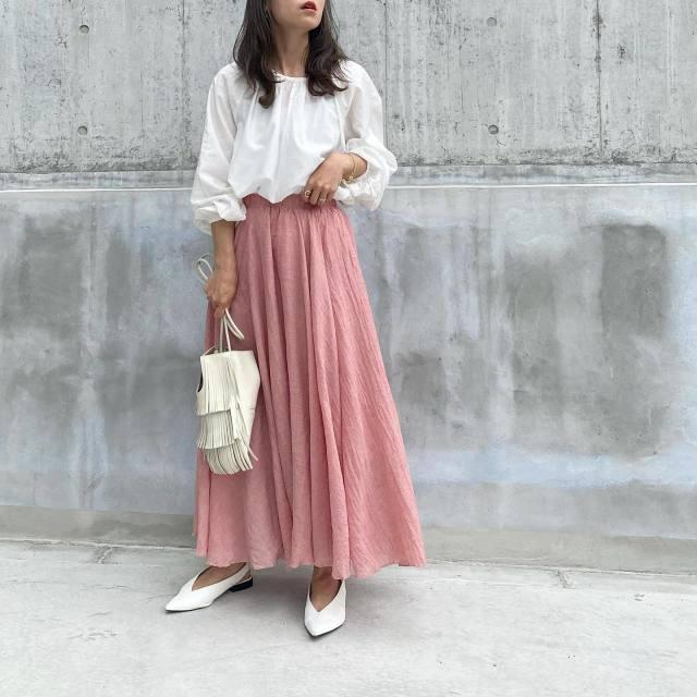 【1:ピンクのマキシスカート】リネン素材でナチュラル感をプラスして