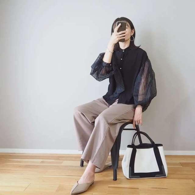 涼しいのに秋っぽい。シアースリーブのシャツ・ブラウス