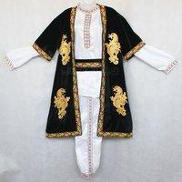 中国のウズベク民族衣装
