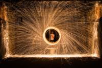 Join Hub Connect Membership level - spinning light art image