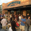 Pinthouse Pizza draws in both beer- and pizza-lovers