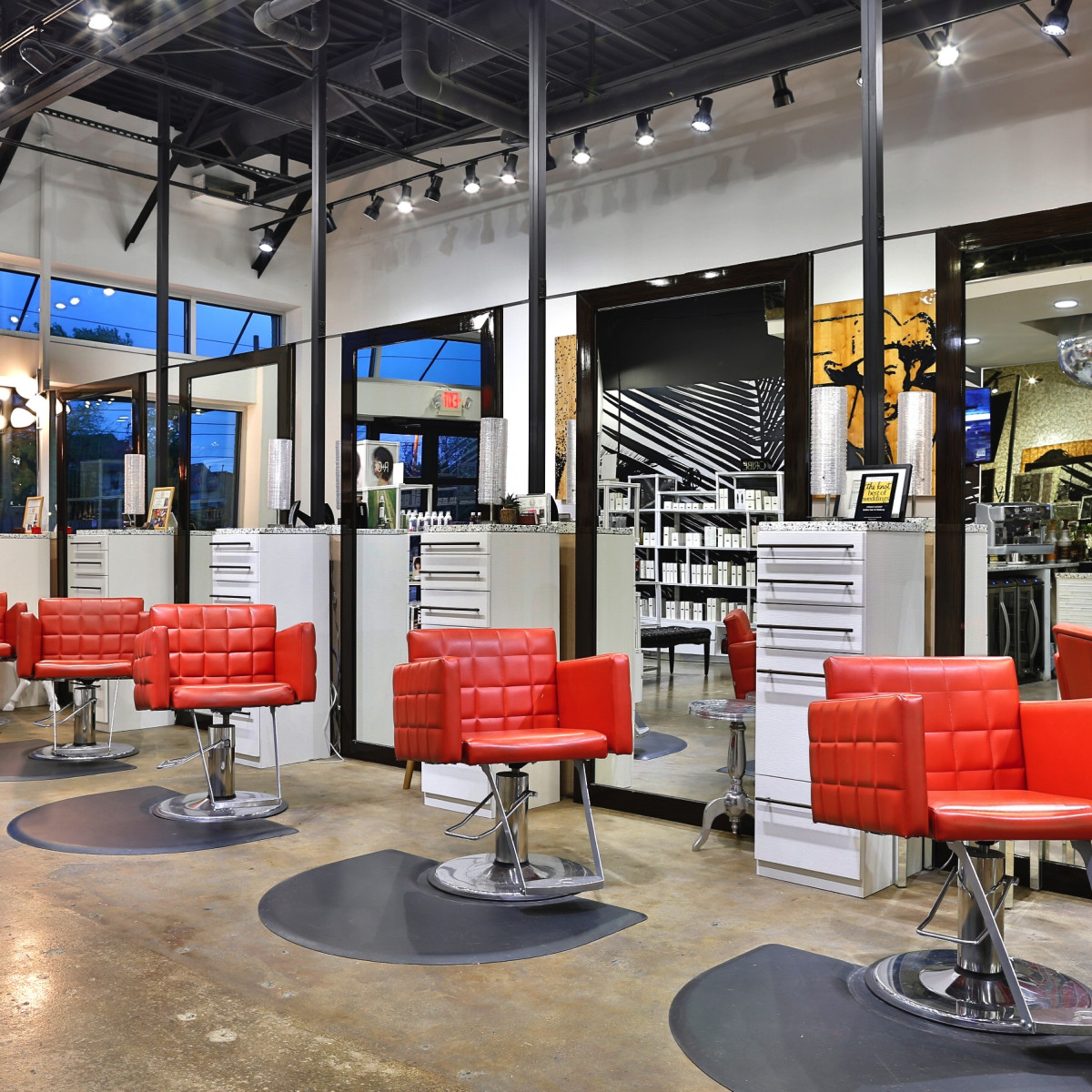 Awesome The Top Hair Salons In Dallas To Keep Your Tresses Looking Gmtry Best Dining Table And Chair Ideas Images Gmtryco