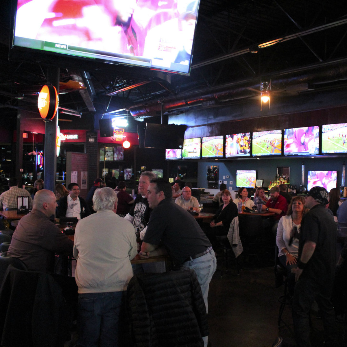 The 6 best new sports bars in Dallas to catch a game ...
