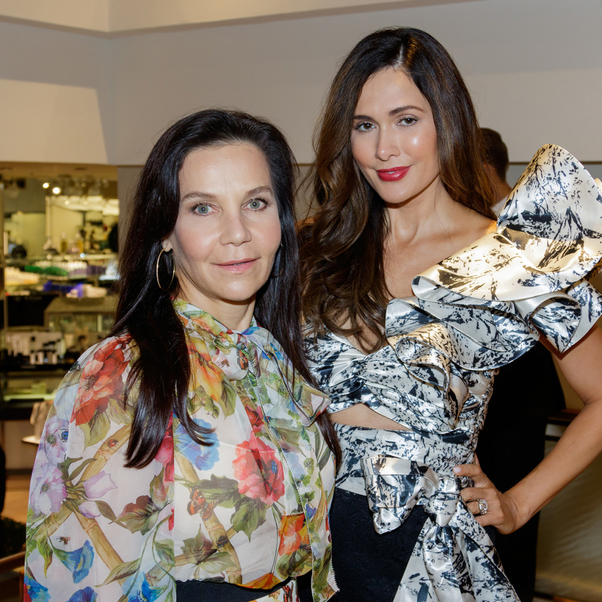 Stylish socialites turn out for start of Dallas' fall ...