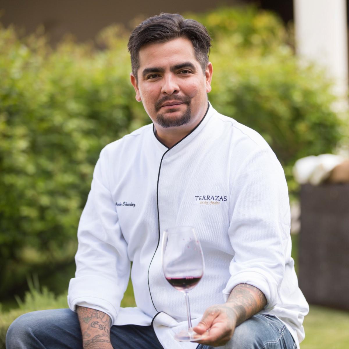 Masterchef Star Aarón Sánchez Cooks Up A Hot Houston