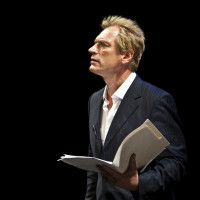 Alley Theatre presents  Julian Sands in A Celebration of Harold Pinter