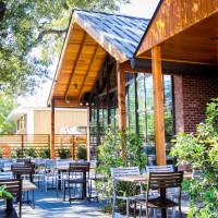 Houston, hunky dory restaurant, october 2015, patio