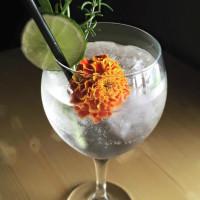Mezcaleria Mixtli Spanish gin and tonic cocktail mezcal