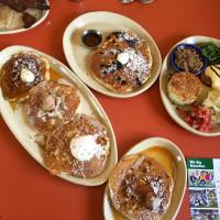 Snooze Montrose pancakes benedicts