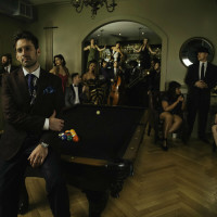 Scott Bradlee's Postmodern Jukebox