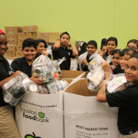 Houston Food Bank volunteers