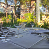 Brenner's Steakhouse patio garden table setting outdoors