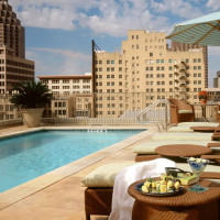 Mokara Hotel and Spa rooftop pool