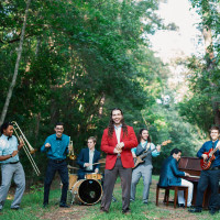 Tyler Kinchen & The Right Pieces