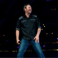 Blake Shelton big smile