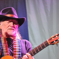 News_Michael_concert pick_Willie Nelson