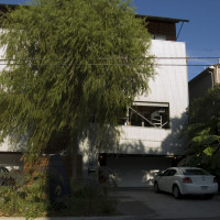 Places-Hotels/Spas-Modern Bed & Breakfast-exterior-1