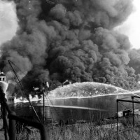 News_Coyahoga River_fire
