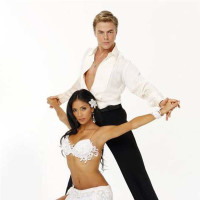 Events_DWTS finale_Nicole Derek_May 10