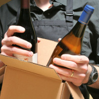 News_wine_bottles_box_shipping