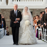 News_Chelsea Clinton_Wedding gown_August 2010