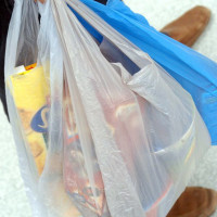 News_plastic_grocery store_bags
