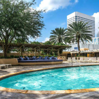 Houston hotel pools Four Seasons