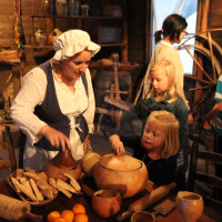 55th Annual Candlelight Tour