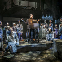 Dallas Theater Center presents A Christmas Carol