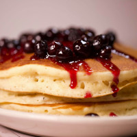 News_pancakes_syrup_butter