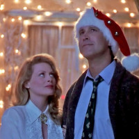 Beverly D'Angelo and Chevy Chase in National Lampoon's Christmas Vacation