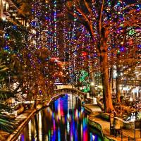 San ANtonio River Walk lights holiday christmas