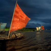 Asia Society: Shahidul Alam, Sailboat Fishing for Ilish