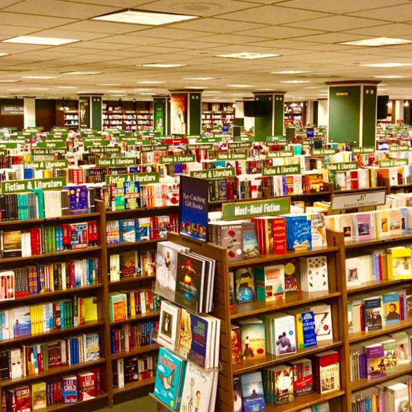 Final chapter for Barnes & Noble store at North Dallas shopping center