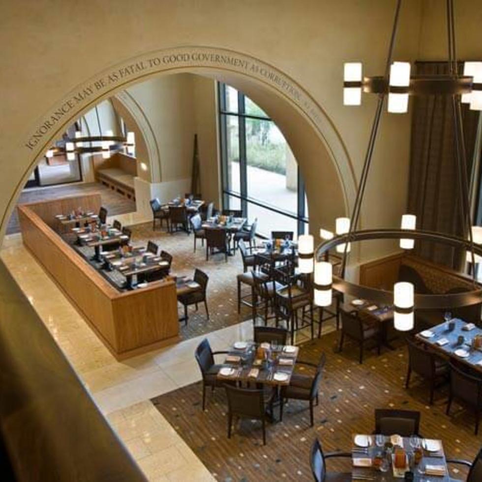 Austin Photo Set: News_Jessica Dupuy_where to eat_Dec 2011_carillon